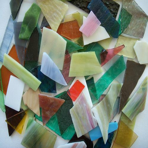 STAINED GLASS SCRAPS - SM