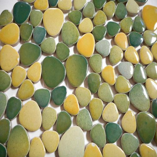 CERAMIC PEBBLES - GREEN  50% OFF